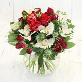 Букет с орхидеями и розами Нежность