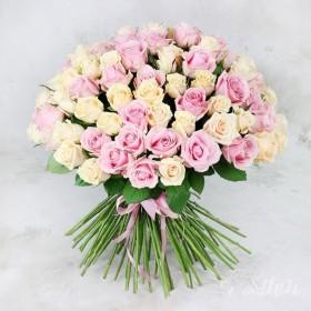 Букет 101 кремовая и розовая роза