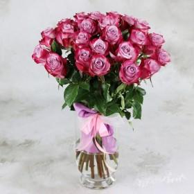 Букет из 25 черничных роз