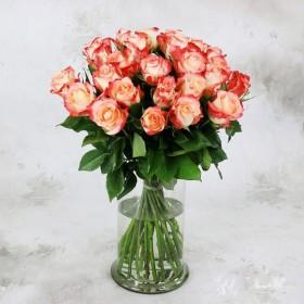 Букет из 25 роз Свитнес