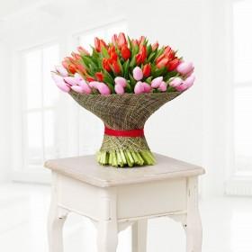 Большой букет из 101 тюльпана