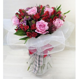 Букет цветов Азалис