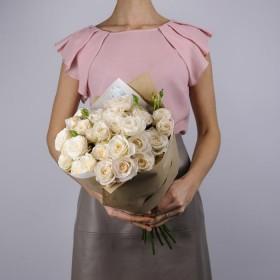 Букет пионовидных роз Бомбастик
