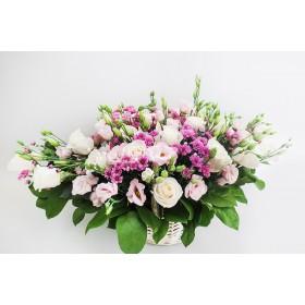 """Корзина с цветами """"Ранняя весна"""""""