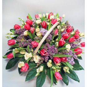 Корзина с тюльпанами  Легенда Голландии