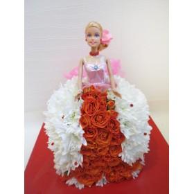 Кукла из цветов