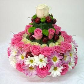 Композиция из цветов Тортик