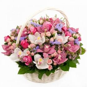 Корзина с орхидеями и розами  Декор