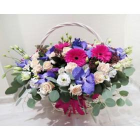 Корзина цветов Глория