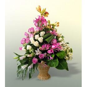 Корзина цветов №304