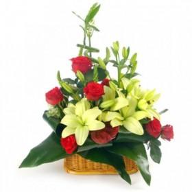 Корзина цветов №315