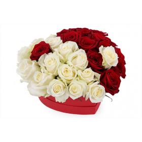 Сердце из роз Инь Янь