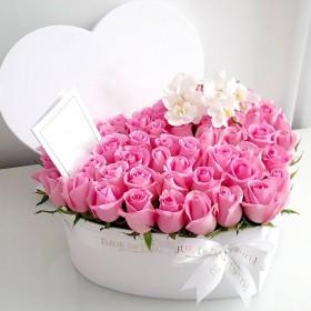 Сердце из орхидей и роз Моя любовь