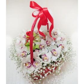 Сердце из орхидей Моя любовь