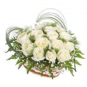 Сердце из роз Белоснежка