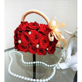 Букет невесты сумочка из роз